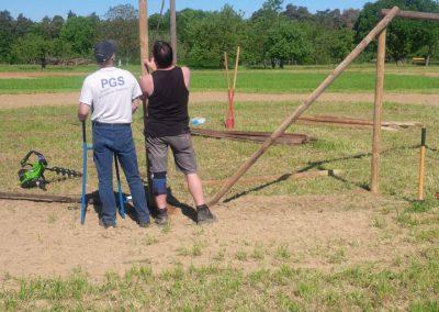27. Mai – Aufbau Weinlaubengerüst